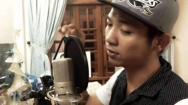 Chàng trai hát liên khúc 10 thể loại nhạc gây sốt