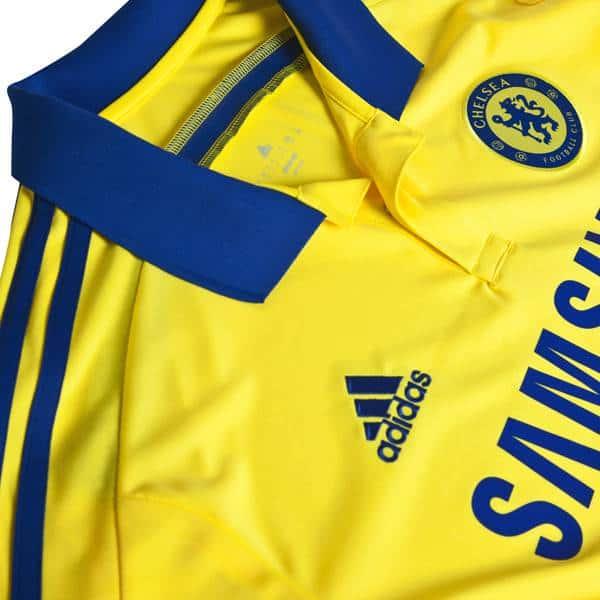 Logo Chelsea, cổ áo