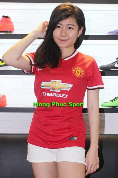 mẫu áo đấu của M.U mùa 2014/15