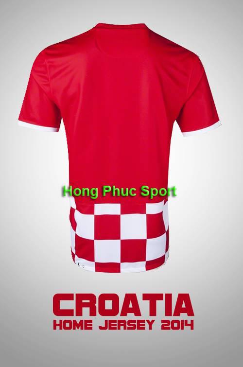 Mặt sau mẫu áo tuyển Croatia WC2014 sân nhà