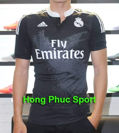 Mẫu áo  Real  mẫu thứ  3 mùa giải 2014/15