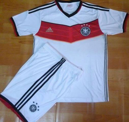 Bộ quần áo tuyển Đức 4 sao vô địch WC2014