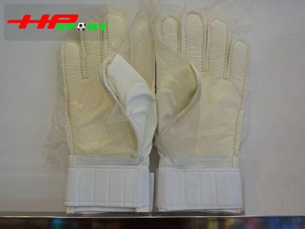 Găng tay thủ môn Nike T90 – Grip đỏ mặt sau