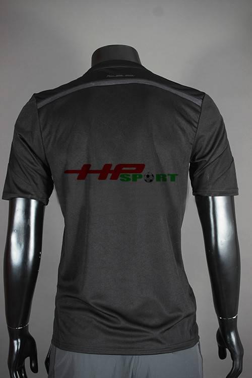 Mặt sau Bộ quần áo Bayern Munich màu đen 2014-2015 mẫu thứ 3