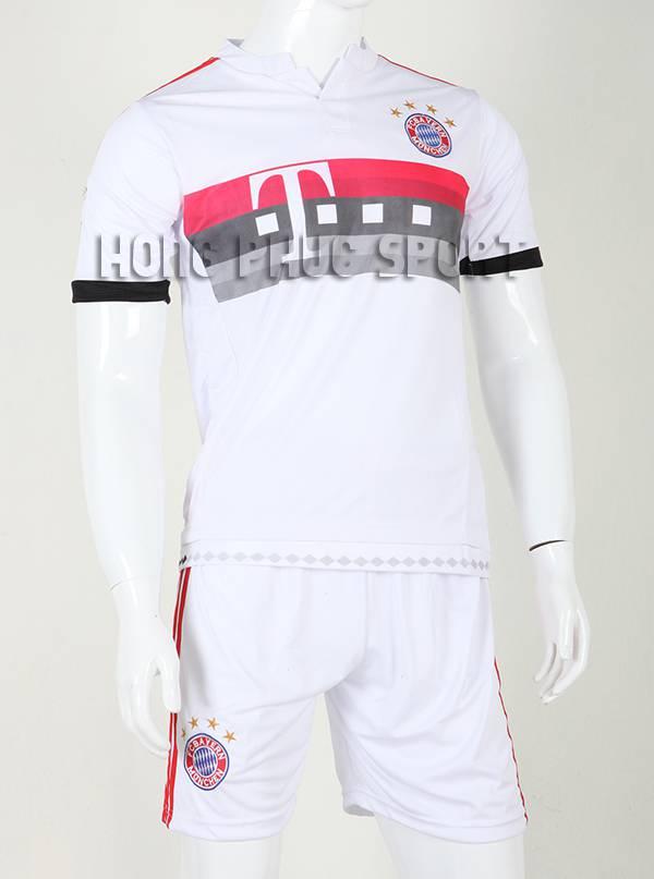 Đồ đá banh Bayern Munich 2015-2016 sân khách màu trắng phối đỏ