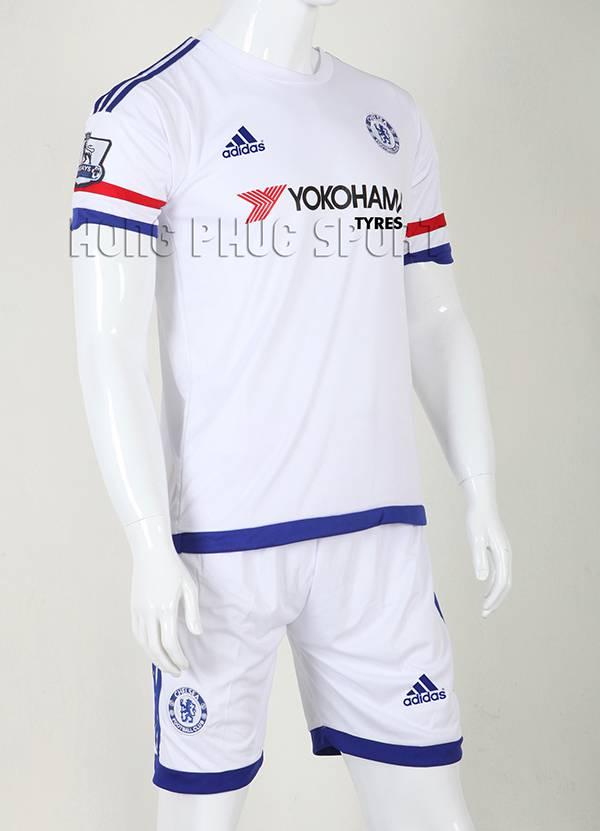Mẫu áo đá banh Chelsea 2015-2016 sân khách màu trắng