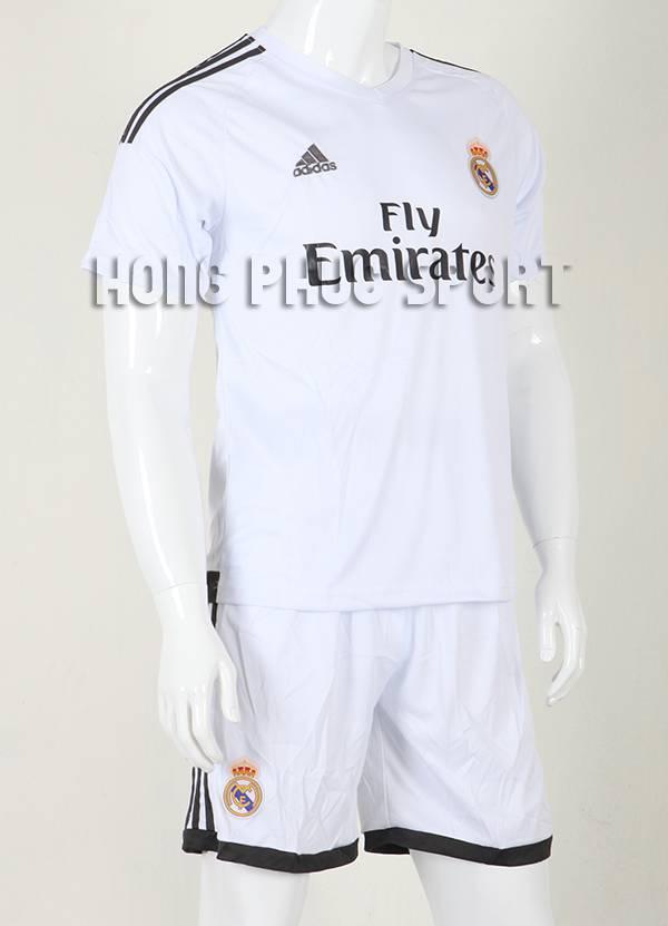 Mẫu áo đá banh Real Madrid 2015-2016 sân nhà màu trắng
