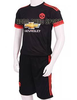 Mẫu áo đá banh MU 2015-2016 sân khách màu đen mẫu thứ 3