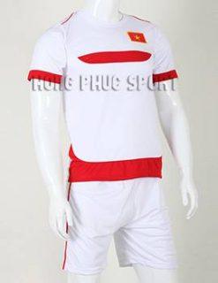 Bộ quần áo đá banh Training Việt Nam 2015-2016 màu trắng phối đỏ