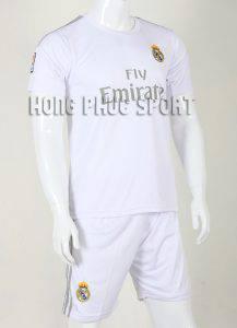 Mẫu quần áo đá banh Real Madrid 2015-2016 sân nhà