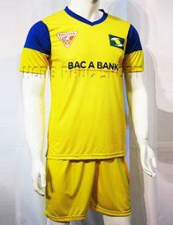 Đồ đá banh Sông Lam Nghệ An 2015-2016 màu vàng