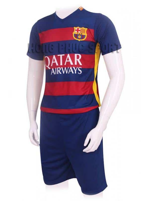 Mẫu áo đá banh Barcelona 2015-2016 sân nhà