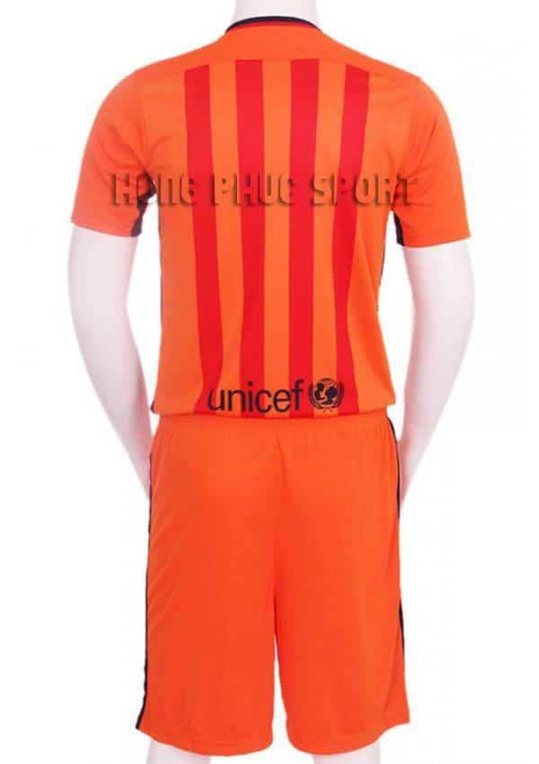 Lưng áo đá banh barcelona 2015-2016 màu cam