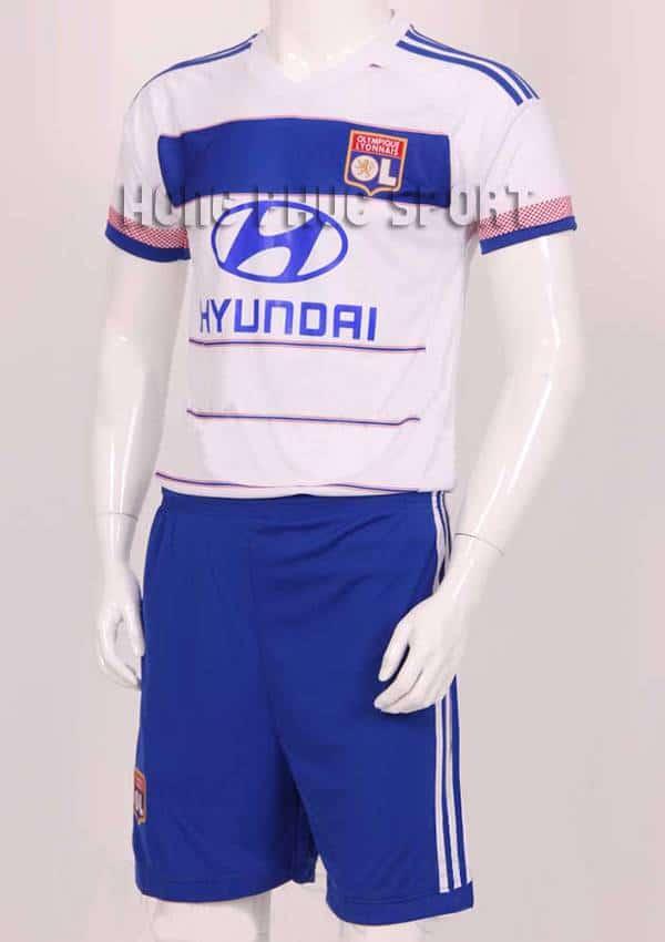 Mẫu áo đá banh Olympique Lyon 2015-2016 sân nhà màu trắng