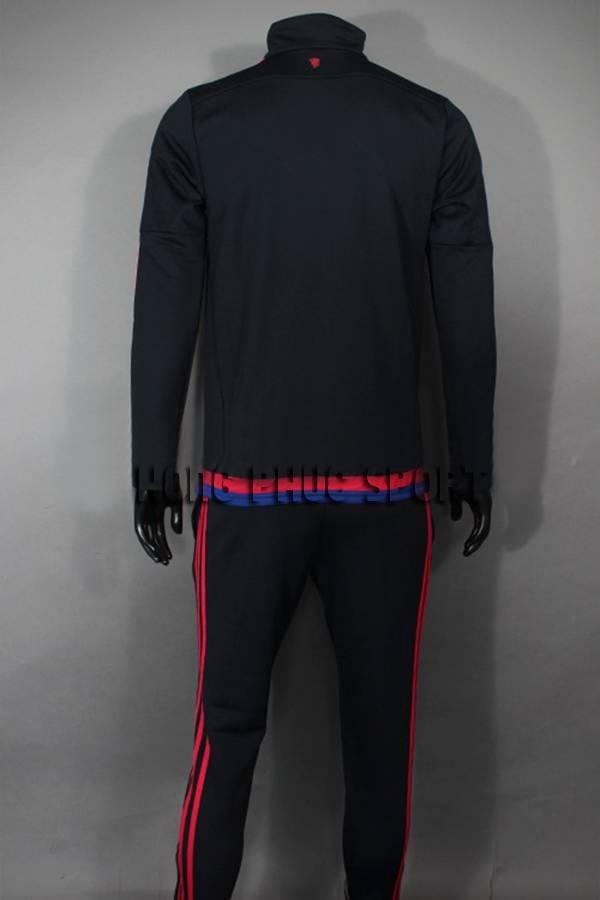Mẫu quần áo khoác MU đen 2015-2016 Super Fake Thái Lan