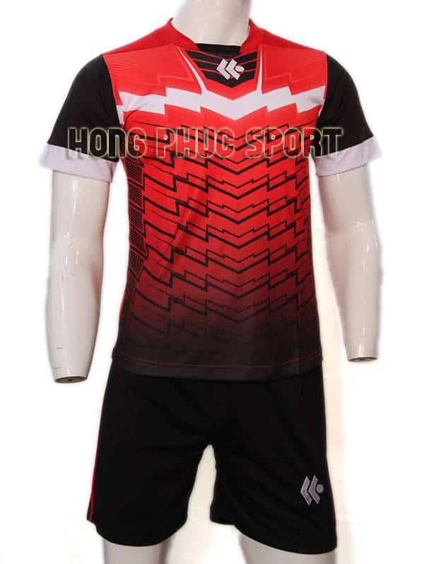 Mẫu áo đá banh áo Kool đỏ đen không logo 2015-2016