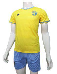 Mẫu áo tuyển Thụy Điển Euro 2016 sân nhà màu vàng