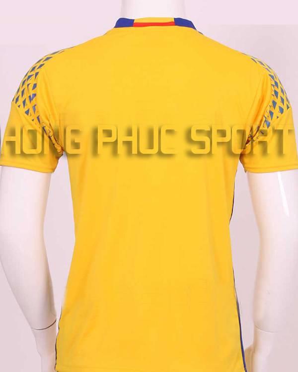 Lưng áo bóng đá thủ môn tuyển Đức Euro 2016 màu vàng