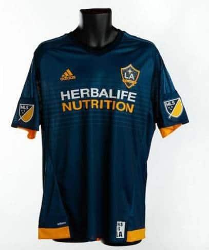 Mẫu áo đấu La Galaxy 2016 2017 sân khách xanh tím than