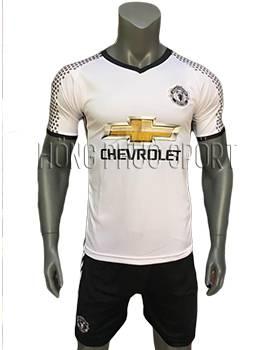 Mẫu áo Manchester United 2016 2017 sân khách mầu trắng