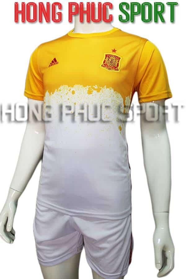 Bộ quần áo training tuyển Tây Ban Nha Euro 2016 2017 vàng trắng