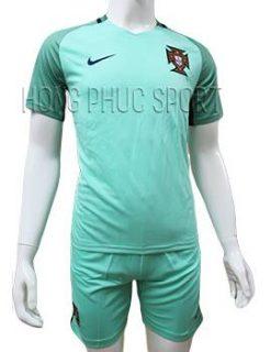 Mẫu áo đội tuyển Bồ Đào Nha Euro 2016 2017 sân khách màu xanh ngọc