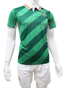 Mẫu áo tuyển Ireland Euro 2016 2017 xanh lá cây sân nhà