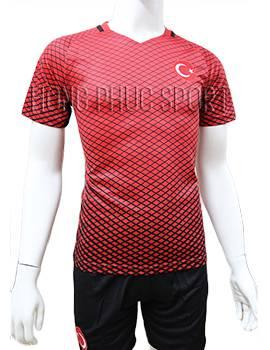 Mẫu áo tuyển Thổ Nhĩ Kỳ Euro 2016 2017 sân nhà màu đỏ