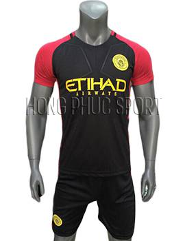 Mẫu áo Man City 2016 2017 sân khách đen phối đỏ