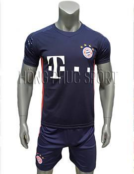Mẫu quần áo thủ môn Bayern Munich 2016 2017 tím than