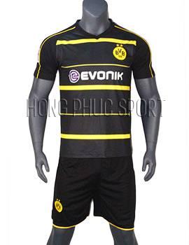 Mẫu áo Dortmund 2016 2017 sân khách đen sọc vàng Thái Lan Super Fake