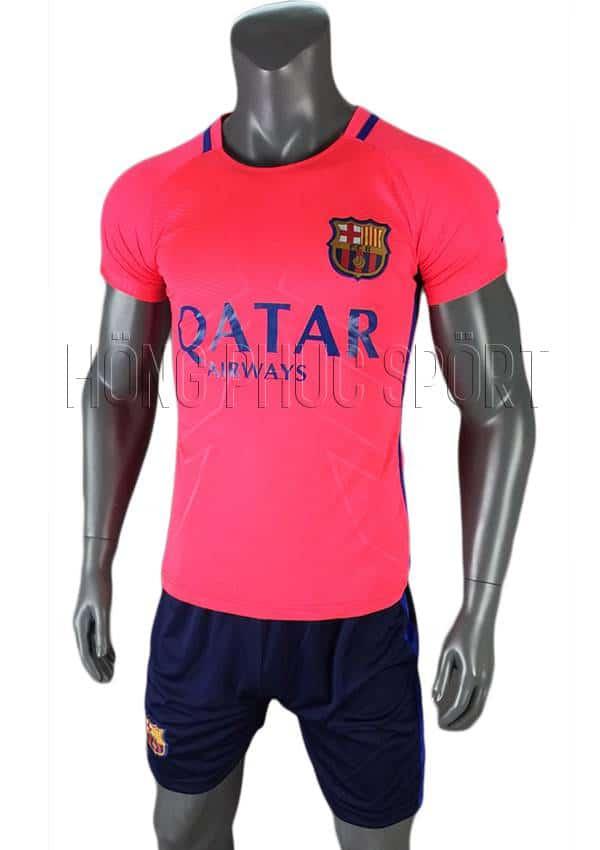 Bộ quần áo training Barcelona 2016 2017 màu hồng