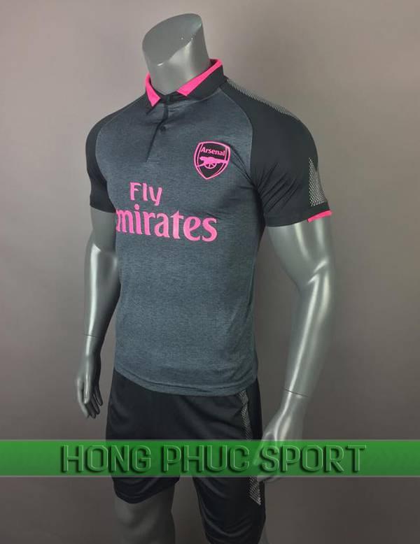 Bộ quần áo đấu Arsenal 2017 2018mẫu thứ ba màu xám viền hồng