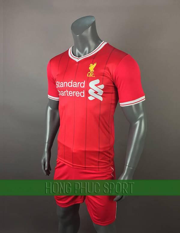Bộ quần áo đấu Liverpool 2017 2018 sân nhà màu đỏ
