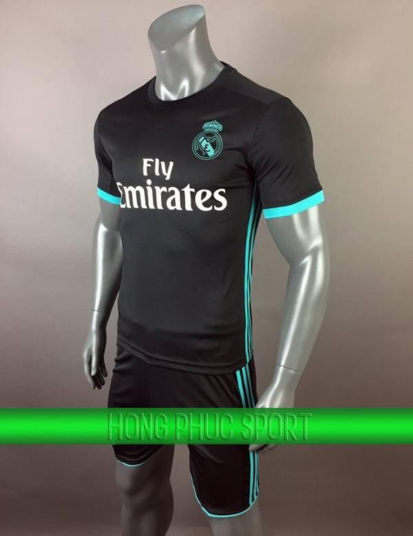 Bộ quần áo Real Madrid 2017 2018 sân khách đen viền xanh