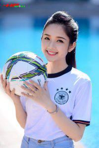 Người đẹp Trương Thị Ngọc Ánh đến từ Tuyên Quang sở hữu một khuôn mặt khả ái, vẻ đẹp thuần khiết, trong sáng không tì vết.
