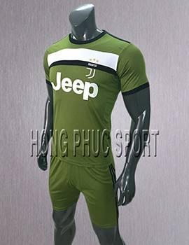 Mẫu áo đấu Juventus sân khách 2017 2018 xanh rêu