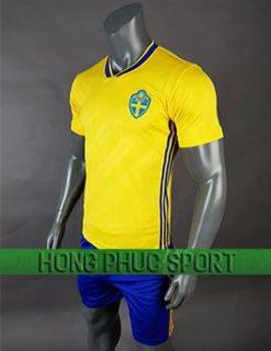 Mẫu áo đấu tuyển Thụy Điển World Cup 2017 2018 mầu vàng
