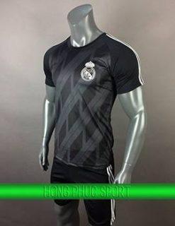 Mẫu áo thủ môn Real Madrid 2017 2018 màu đen
