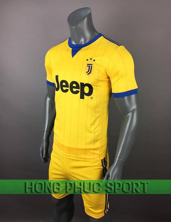 Bộ quần áo đấu Juventus sân khách 2017 2018 màu vàng viền xanh