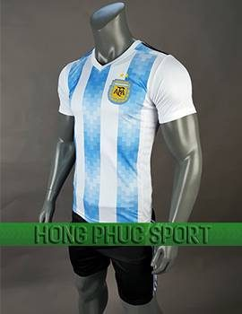 Mẫu áo đấu Argentina World Cup 2018 xanh sọc trắng