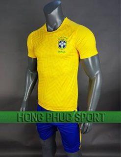 Mẫu áo đấu tuyển Brazil World Cup 2018 sân nhà màu vàng