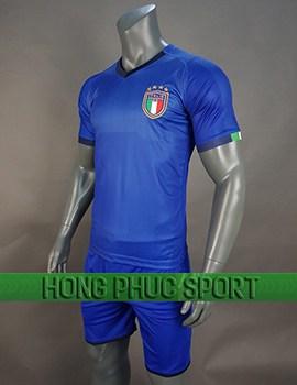 Mẫu áo đấu tuyển Italy 2018 2019 mầu xanh