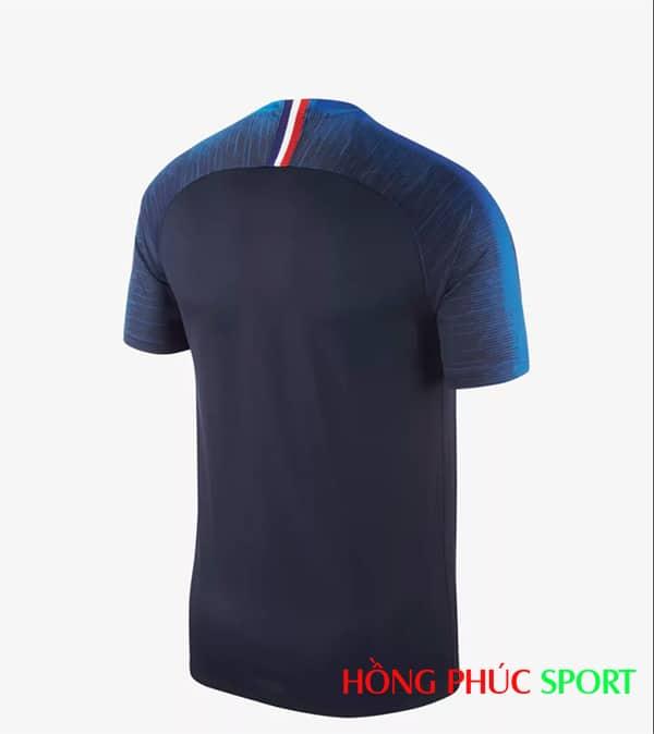 Áo đấu sân nhà đội tuyển Pháp (phía lưng áo)