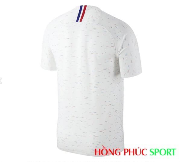 Áo đấu sân khách đội tuyển Pháp (phía lưng áo)
