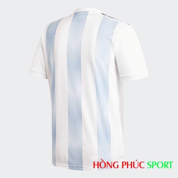 Áo đấu sân nhà Argentina (phía lưng áo)