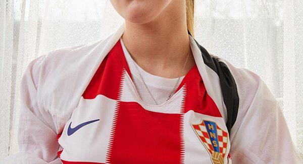 Áo đấu Croatia sân nhà World Cup 2018 sọc cá rô đỏ trắng