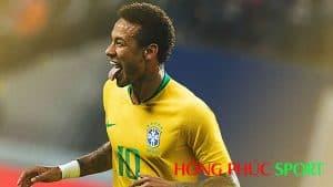 Neymar trong trang phục thi đấu Brazil World Cup 2018