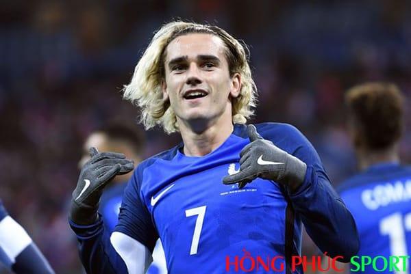 Tiền đạo người Pháp đã giành được giải thưởng tương đương tại Euro 2016