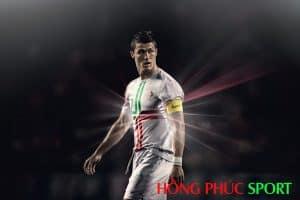 Siêu sao Cristiano Ronaldo trong màu áo đội tuyển Bồ Đào Nha